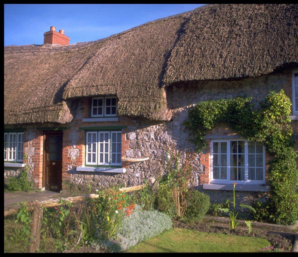 ireland and irish c ttages on pinterest irish cottage ireland and cottages. Black Bedroom Furniture Sets. Home Design Ideas